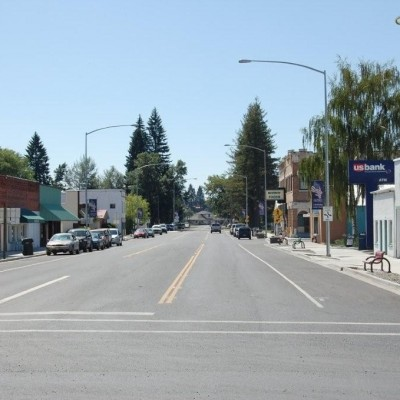 Main street in Nezperce Idaho