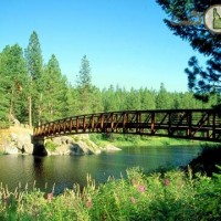 Foot bridge over Winchester Lake