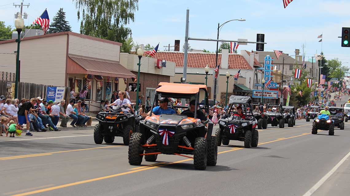 Buds Power Sports on Main Street in Parade